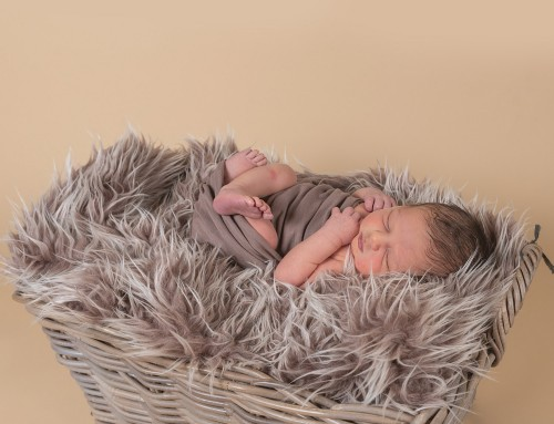 Newborn Photographer Crawley